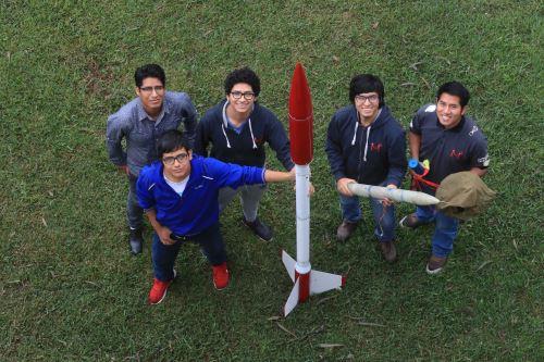 Estudiantes de la UNI se organizan para asistir a concurso de Agencia Espacial Francesa