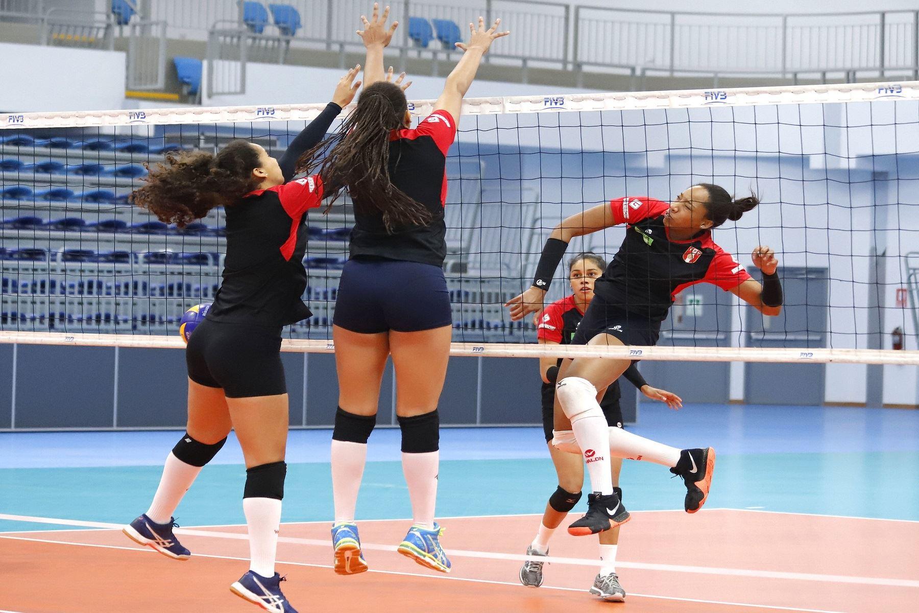 Lima 2019: selección peruana de voleibol femenino se prepara con intensidad.