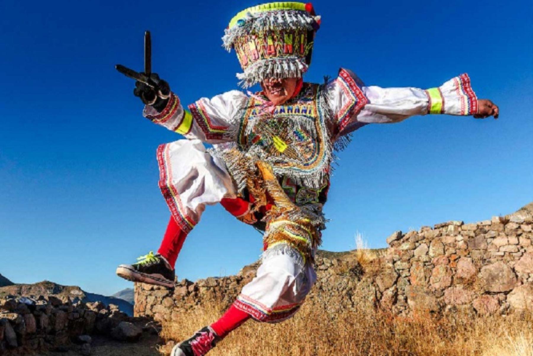 La danza de las tijeras es una de las manifestaciones culturales peruanas declaradas Patrimonio Cultural de la Humanidad. ANDINA/Difusión