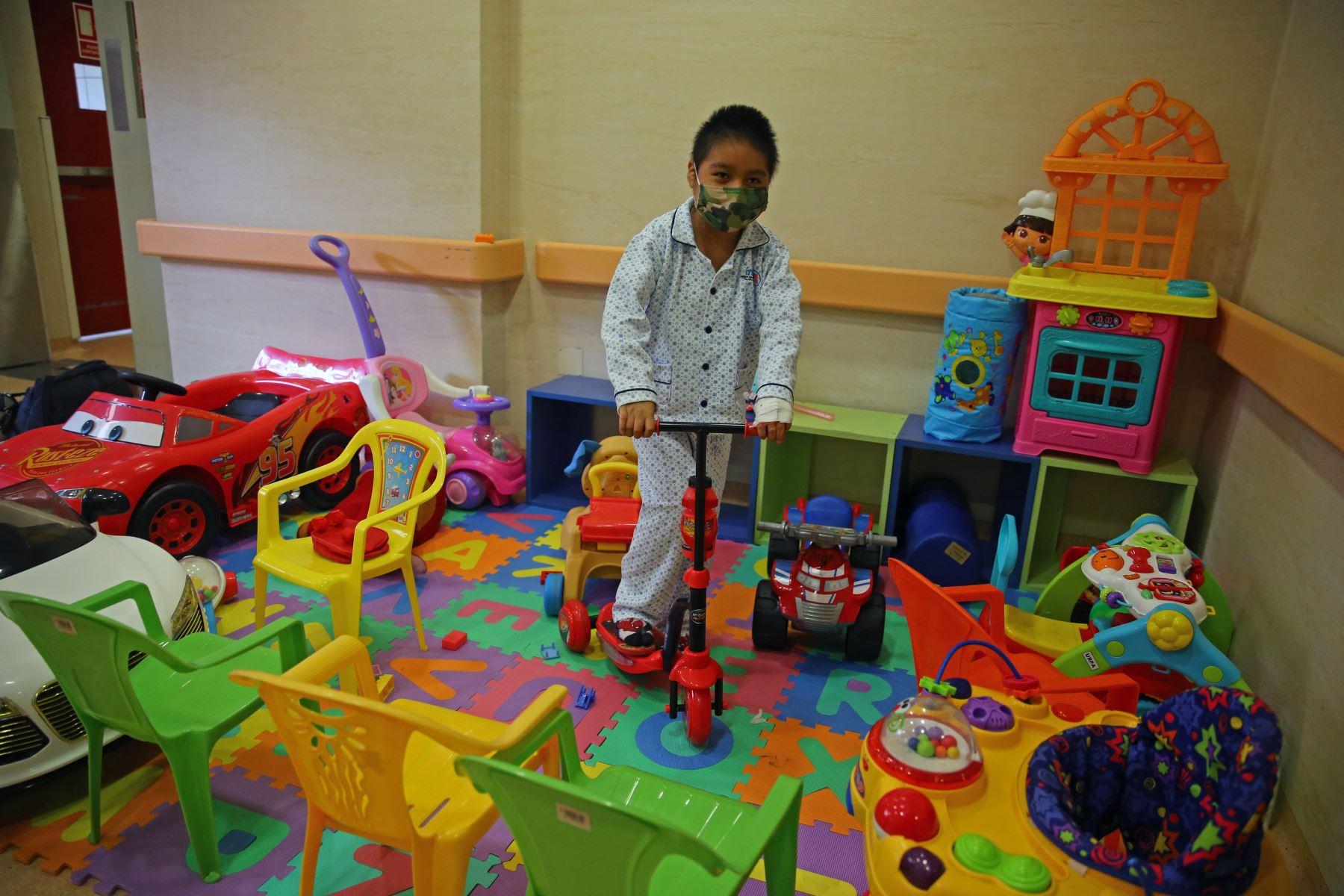 El Instituto Nacional de Salud del Niño de San Borja (INSN -SB) se fortalece como centro de donación y trasplante de órganos pues cuenta con un equipo humano altamente calificado. Foto: ANDINA/Vidal TarquiANDINA/Vidal Tarqui