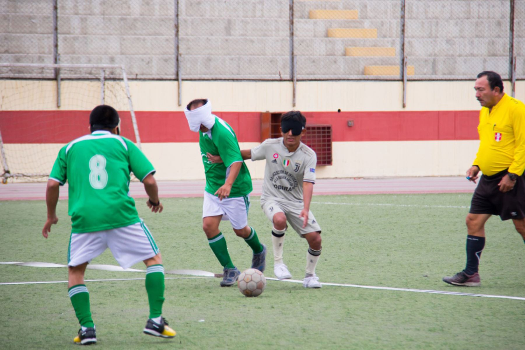 Selecciones de cuatro equipos de fútbol compuesto por invidentes, participaron del primer campeonato organizado en Chimbote, Áncash. Foto:ANDINA/Difusión