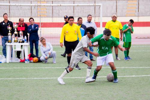 Inclusión: Chimbote fue sede el primer campeonato de fútbol para invidentes