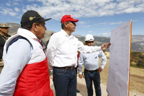 Presidente Vizcarra supervisó trabajos de mejoramiento del corredor vial que une la Libertad y Áncash