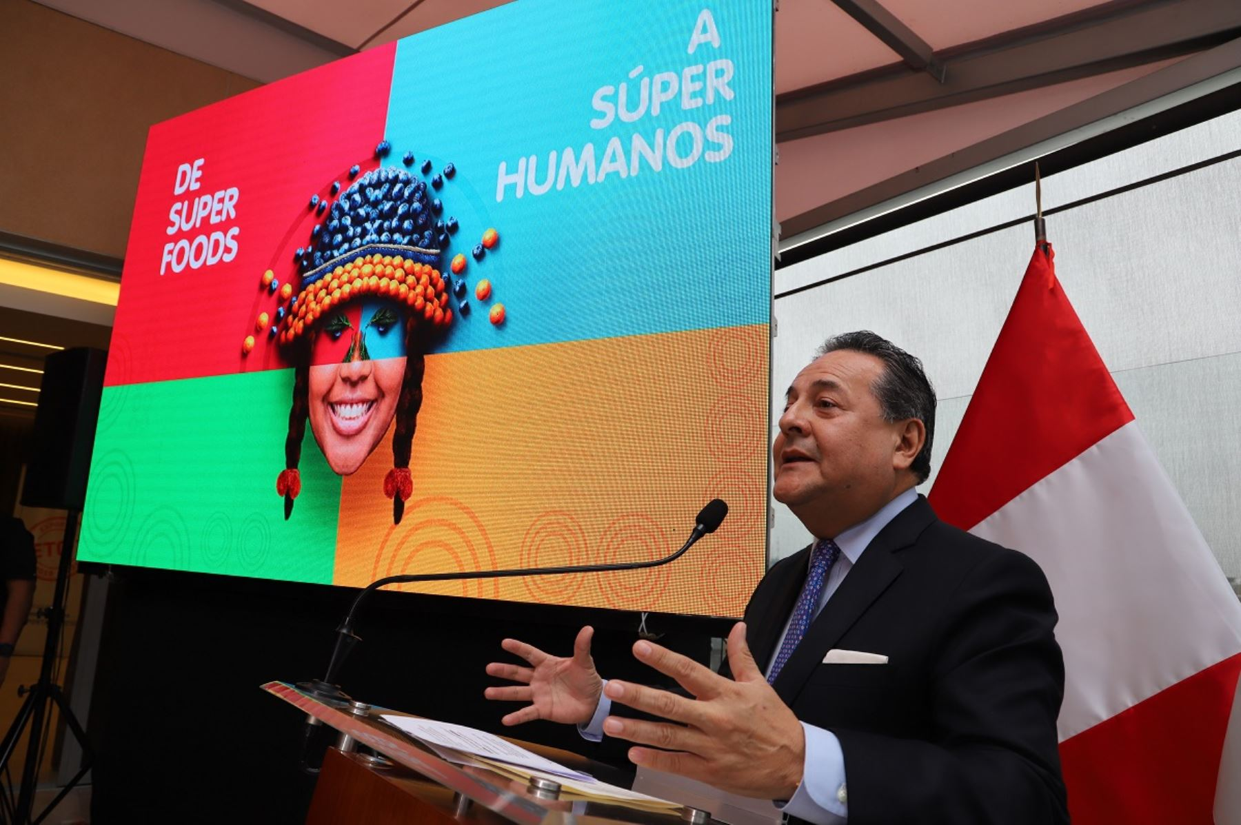 Presidente de Adex, Alfonso Velásquez, presenta la Expoalimentaria 2019. Foto: Cortesía.