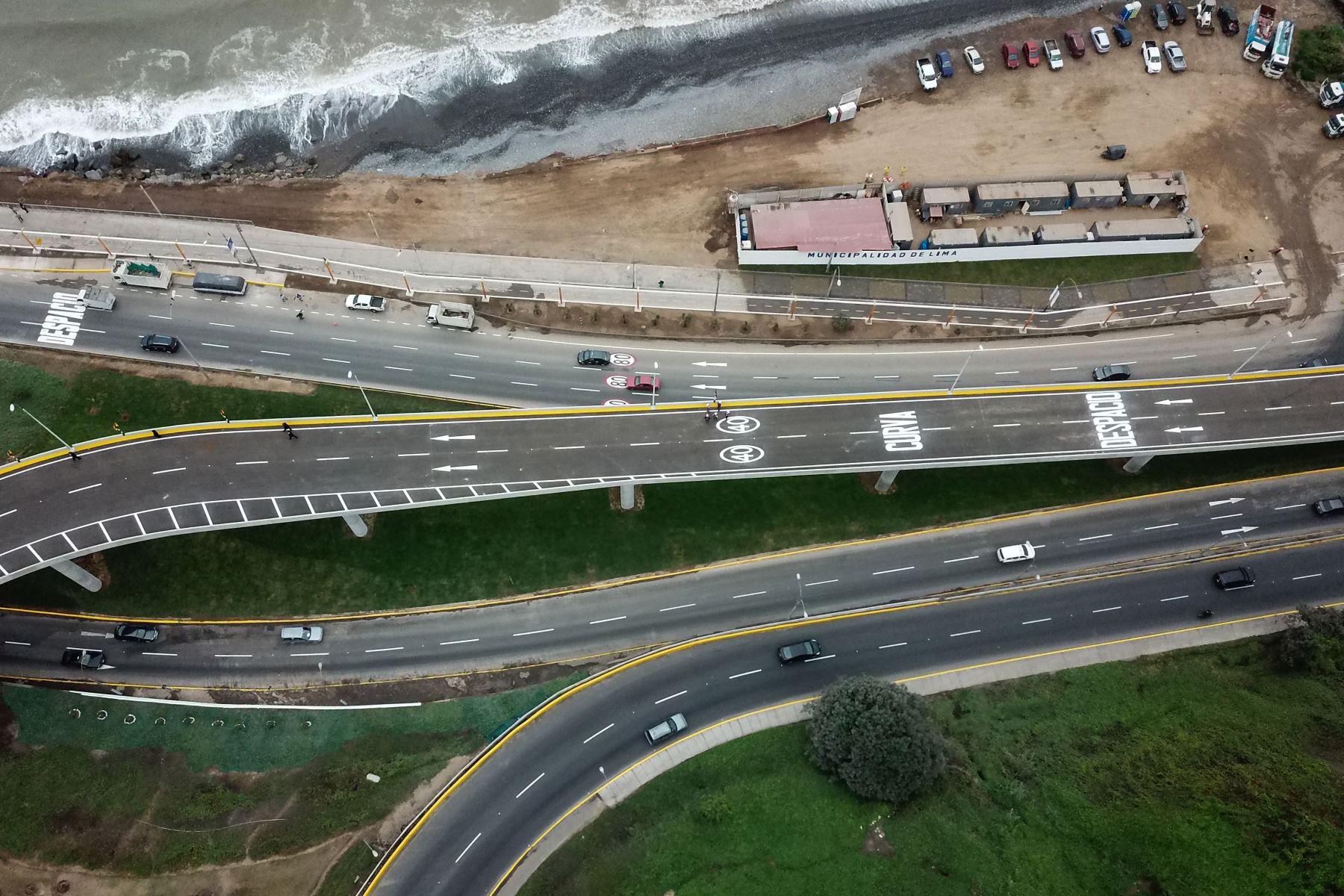 Viaducto Armendáriz en Miraflores, esta obra de infraestructura de 1.18 km será de gran utilidad ya que conectará directamente el distrito mencionado con Barranco a través de un puente vehicular elevado en sentido norte-sur. Foto: ANDINA/ Juan Carlos Guzmán