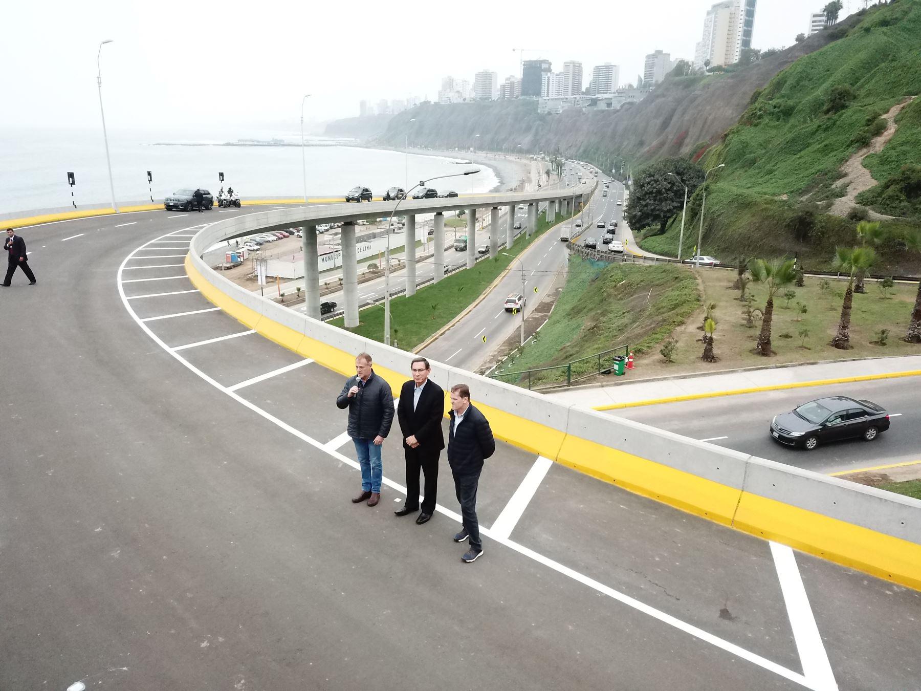 Presidente de la República, Martín Vizcarra, inaugura Viaducto Armendáriz.   Foto: ANDINA/Juan Carlos Guzmán Negrini.