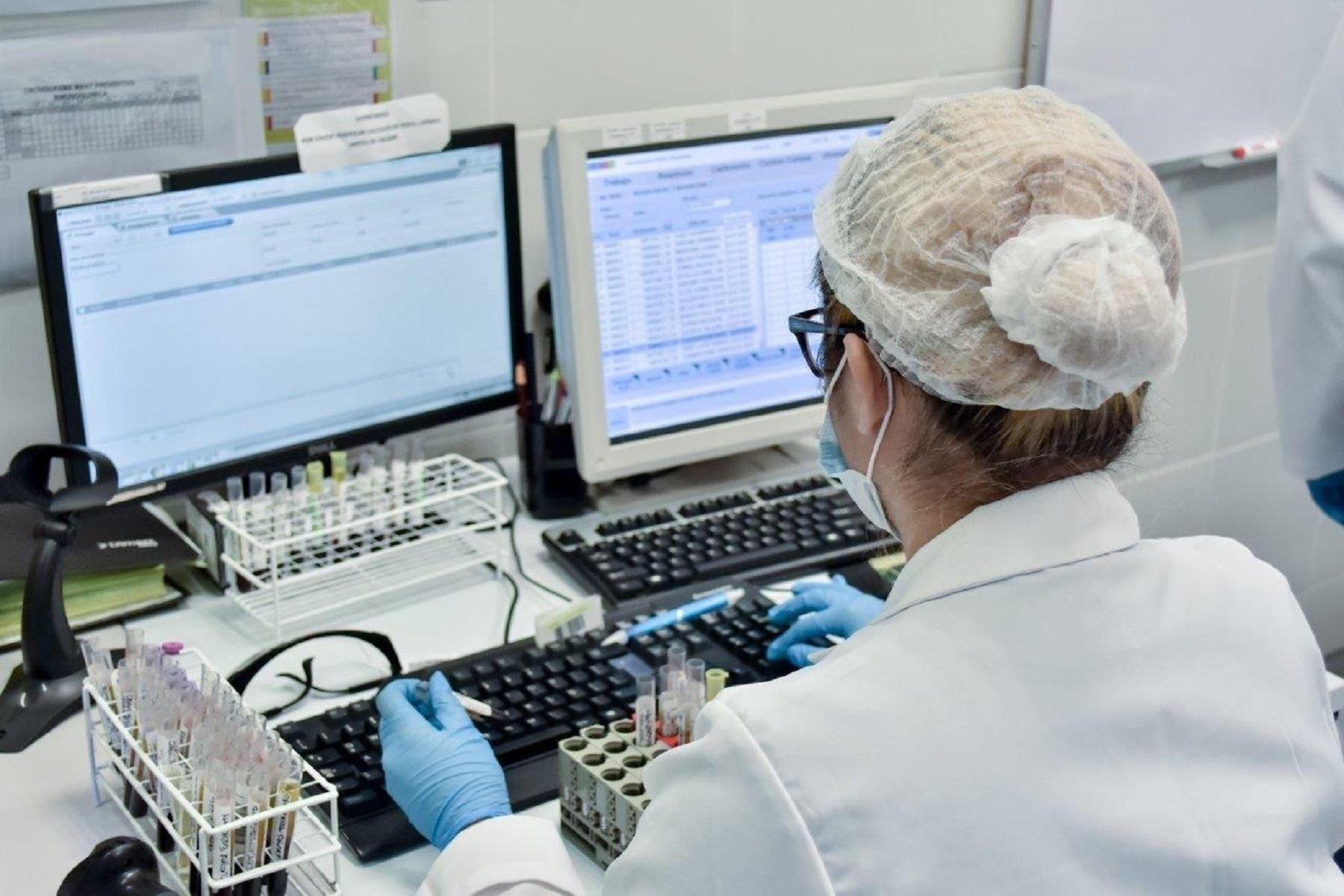 Buscan asegurar calidad yconfianza en resultados de laboratorios clínicos Foto: Inacal