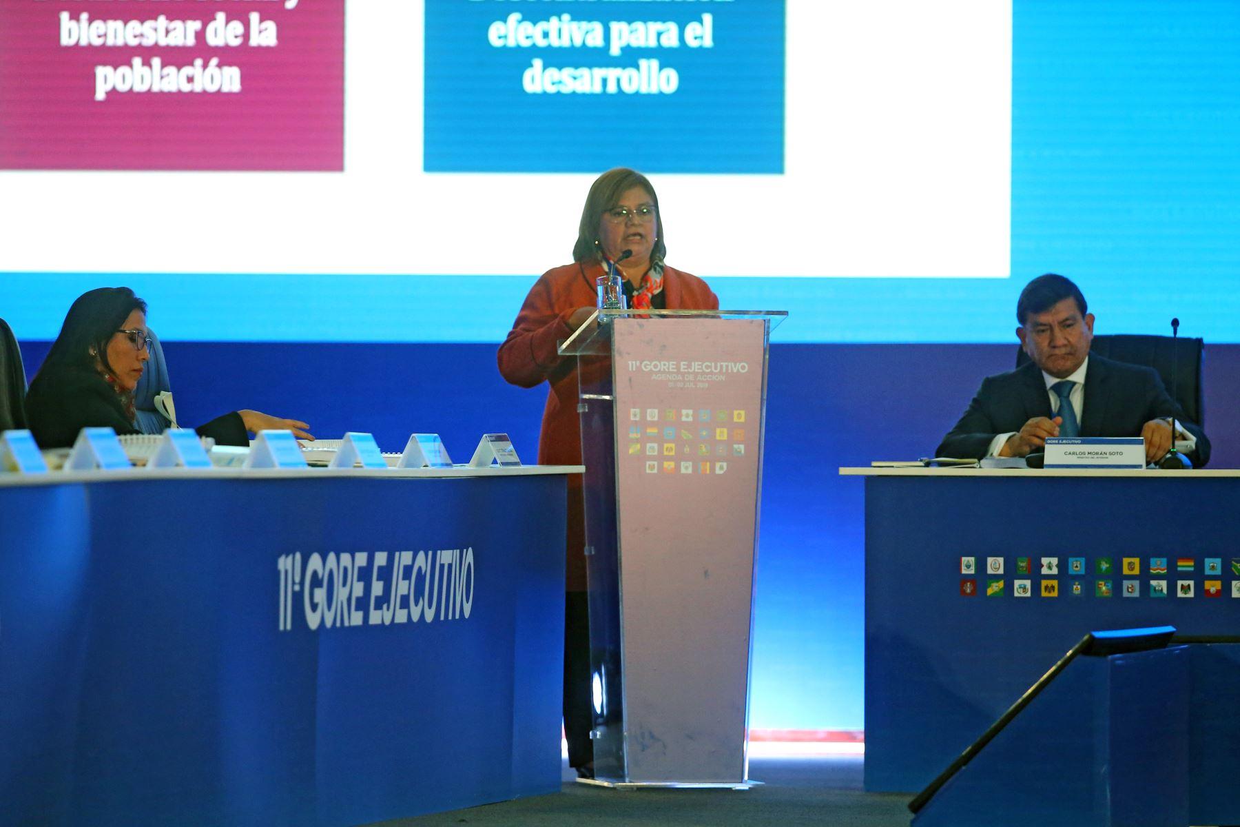 Ministra de salud Zulema Tomás en el 11º Gore Ejecutivo. Foto: ANDINA/Vidal Tarqui