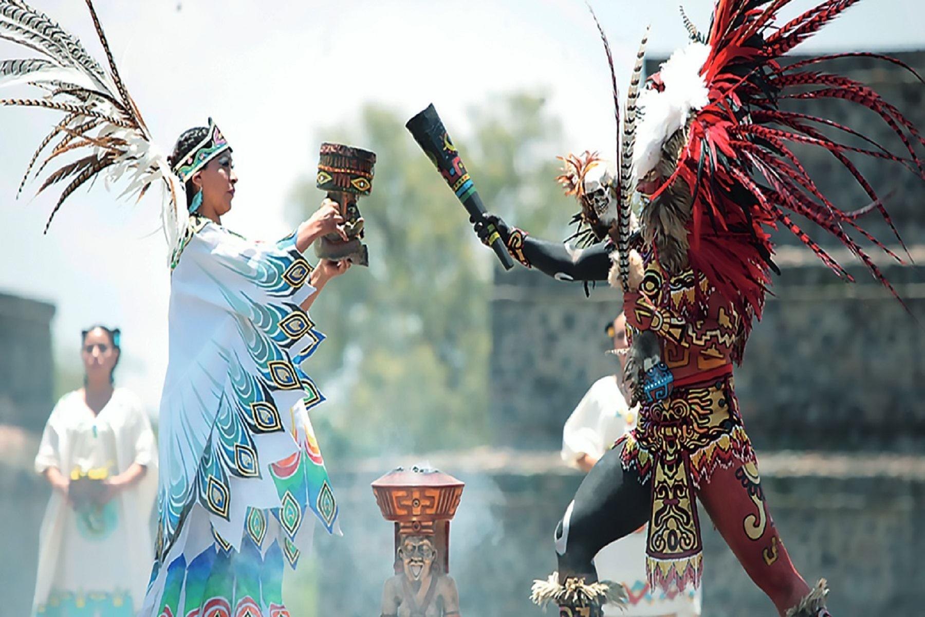 Presidente peruano recibe Antorcha Panamericana_Spanish — Juegos Panamericanos