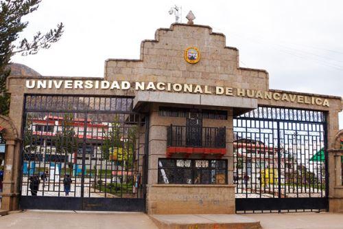 Sunedu otorga licencia institucional a Universidad Nacional de Huancavelica.