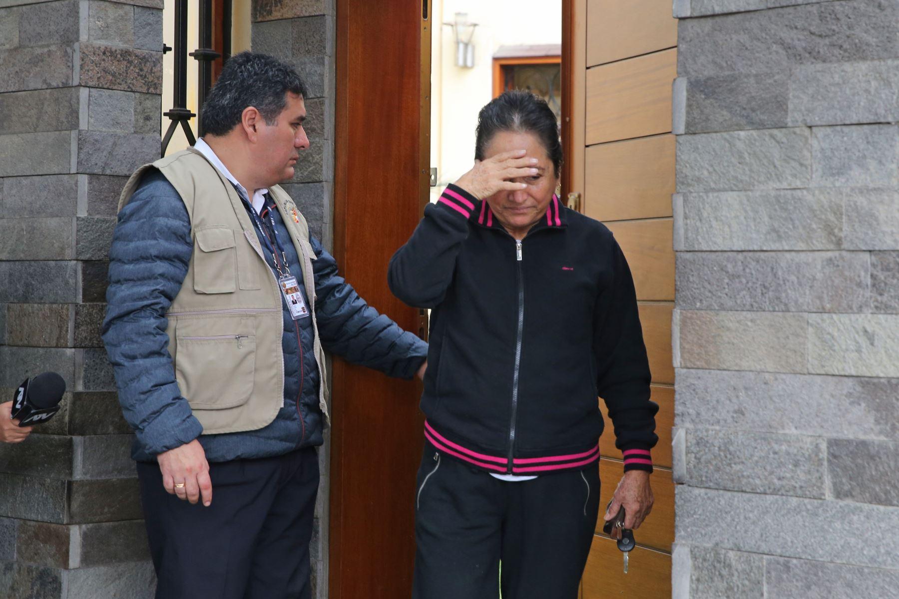 Antonia Alarcón Cubas en la vivienda de la exprimera Dama de la Nación, Nadine Heredia. Foto: ANDINA/Norman Córdova