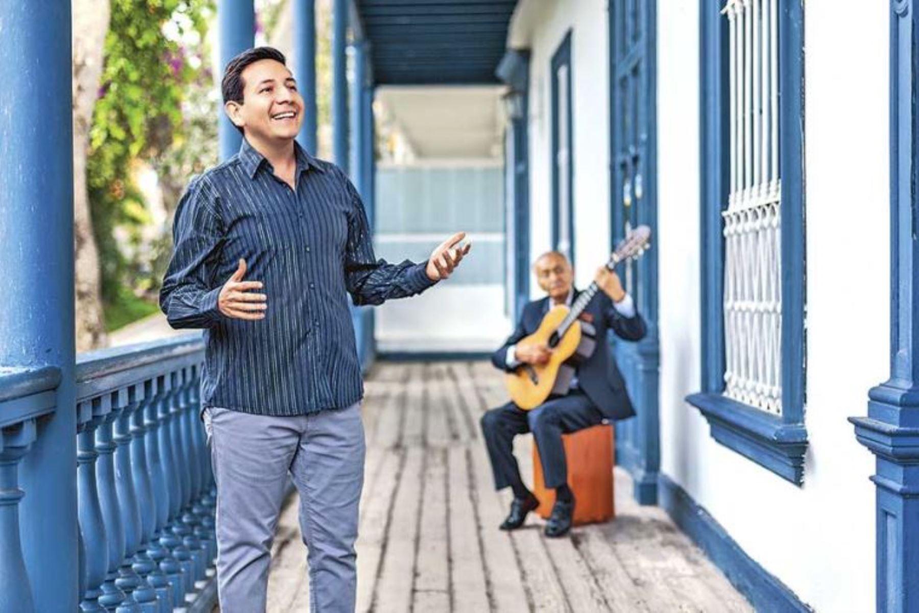 Cantante criollo Carlos Castillo.