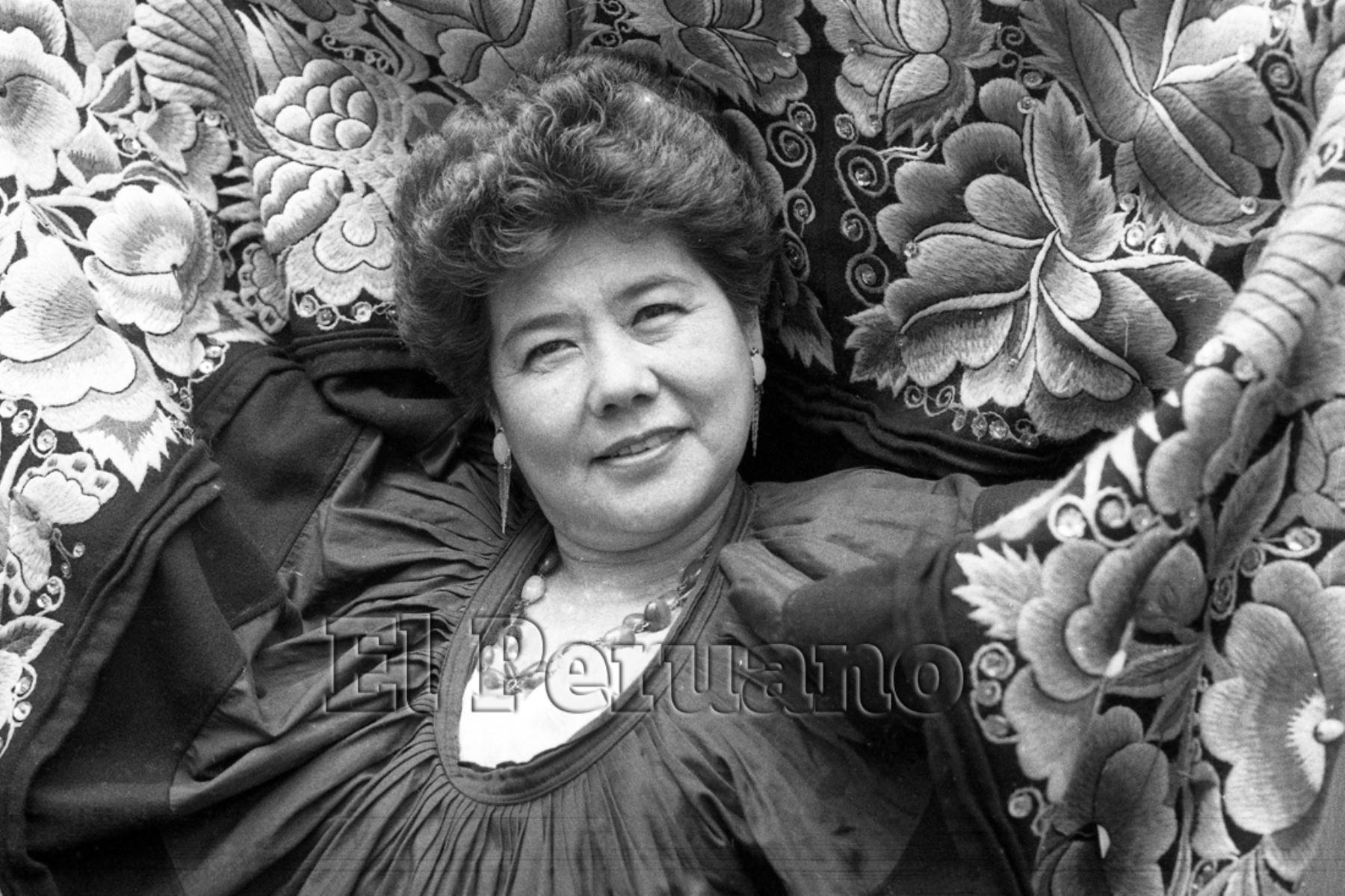 Lima - 9 agosto 1988 / Cantante Angélica Harada Vásquez, más conocida como Princesita de Yungay.