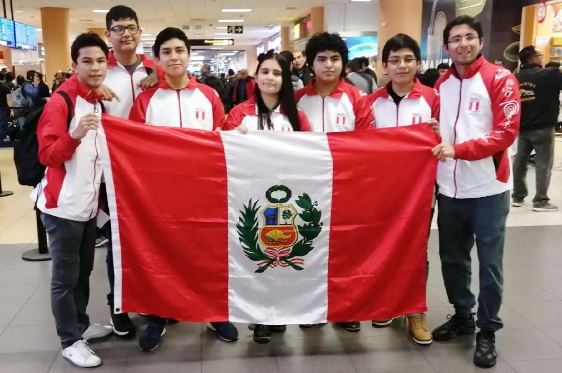 Minedu desea muchos éxitos a escolares que competirán en Olimpiada de Matemáticas. Foto: ANDINA/Difusión.
