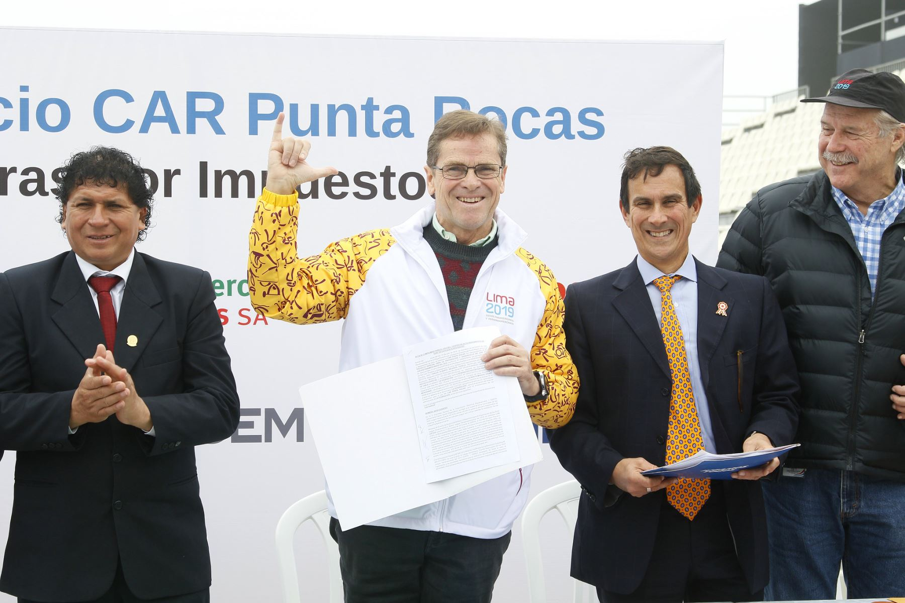 El presidente de Lima 2019 hace entrega del Centro de Alto Rendimiento del Surf