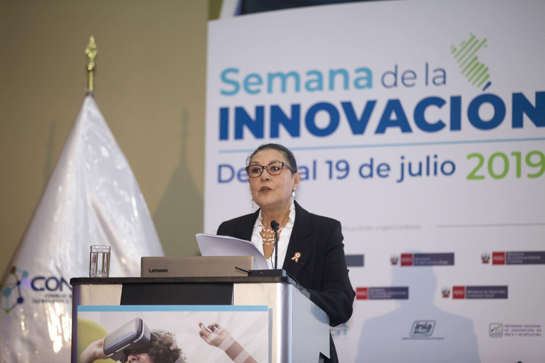 Presidenta del Concytec, Fabiola León-Velarde. ANDINA/Miguel Mejía