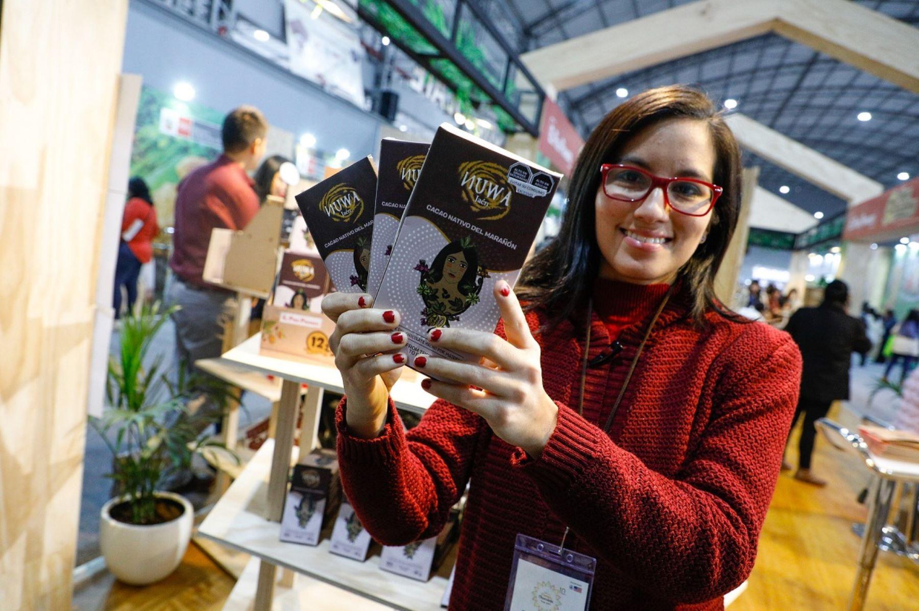 Empresaria de chocolate en X Feria del Cacao y Chocolate. Foto: Cortesía.