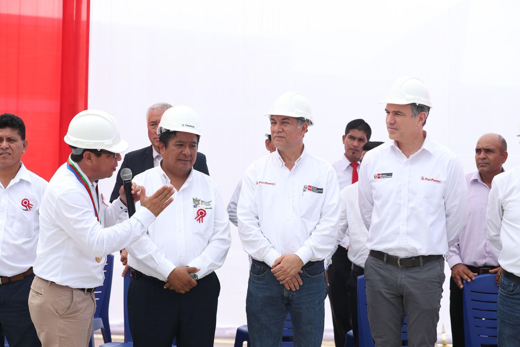 Presidente del Consejo de Ministros realizó visita de trabajo a Tumbes para la inauguración de obras de rehabilitación de pistas y verificar los avances de la mesa de trabajo sobre reconstrucción. Foto: ANDINA/PCM