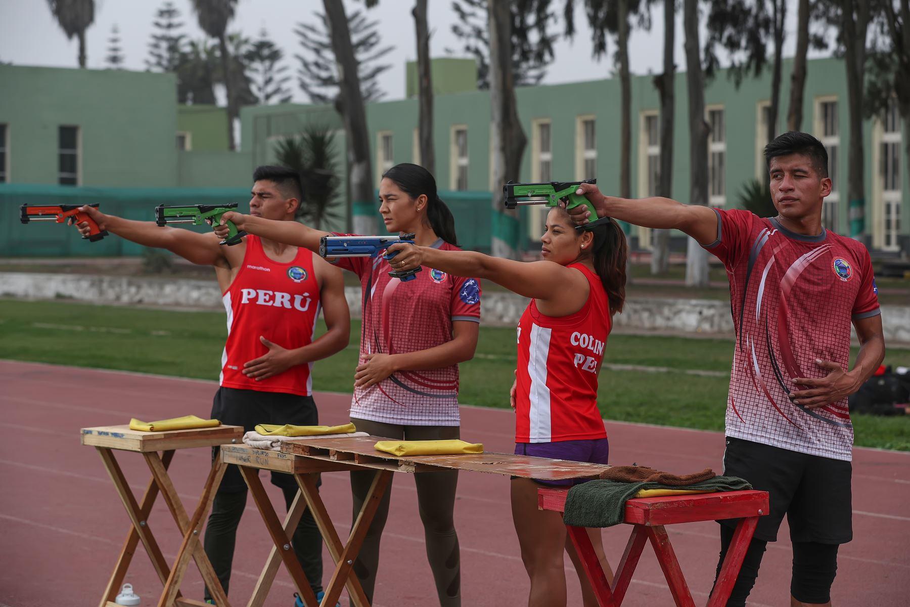 Deportistas militares clasificados a los juegos Panamericanos Lima 2019.  En tiro, competirán la teniente 2° AP Brianda Nicole Rivera Villegas, la alférez FAP Liz Graciela Carrión Villanueva y el suboficial de segunda FAP Kevin Luis Altamirano FarfánFoto:MINDEF