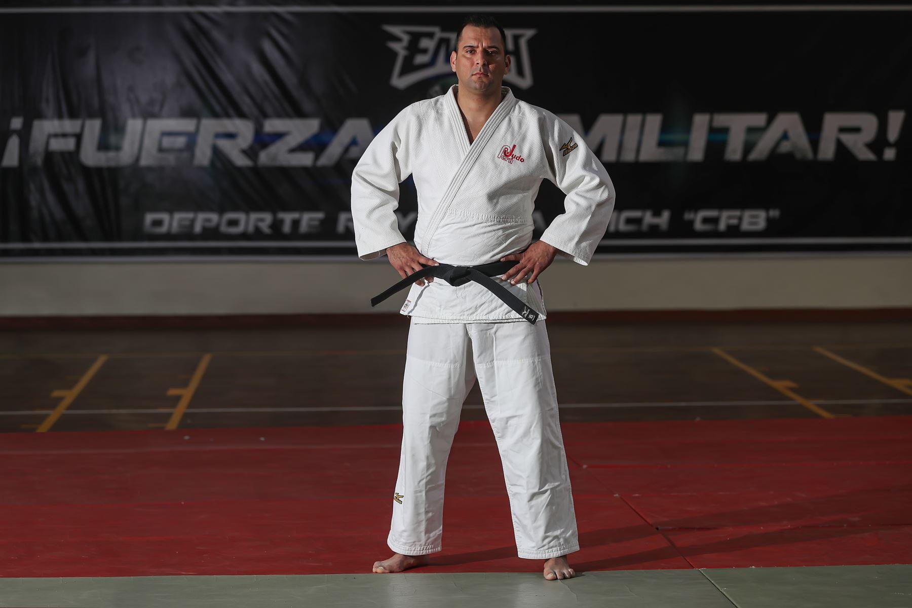 Deportistas militares clasificados a los juegos Panamericanos Lima 2019.   El capitán EP Frank Nolberto Alvarado Alegría, participa en Judo.Foto:MINDEF
