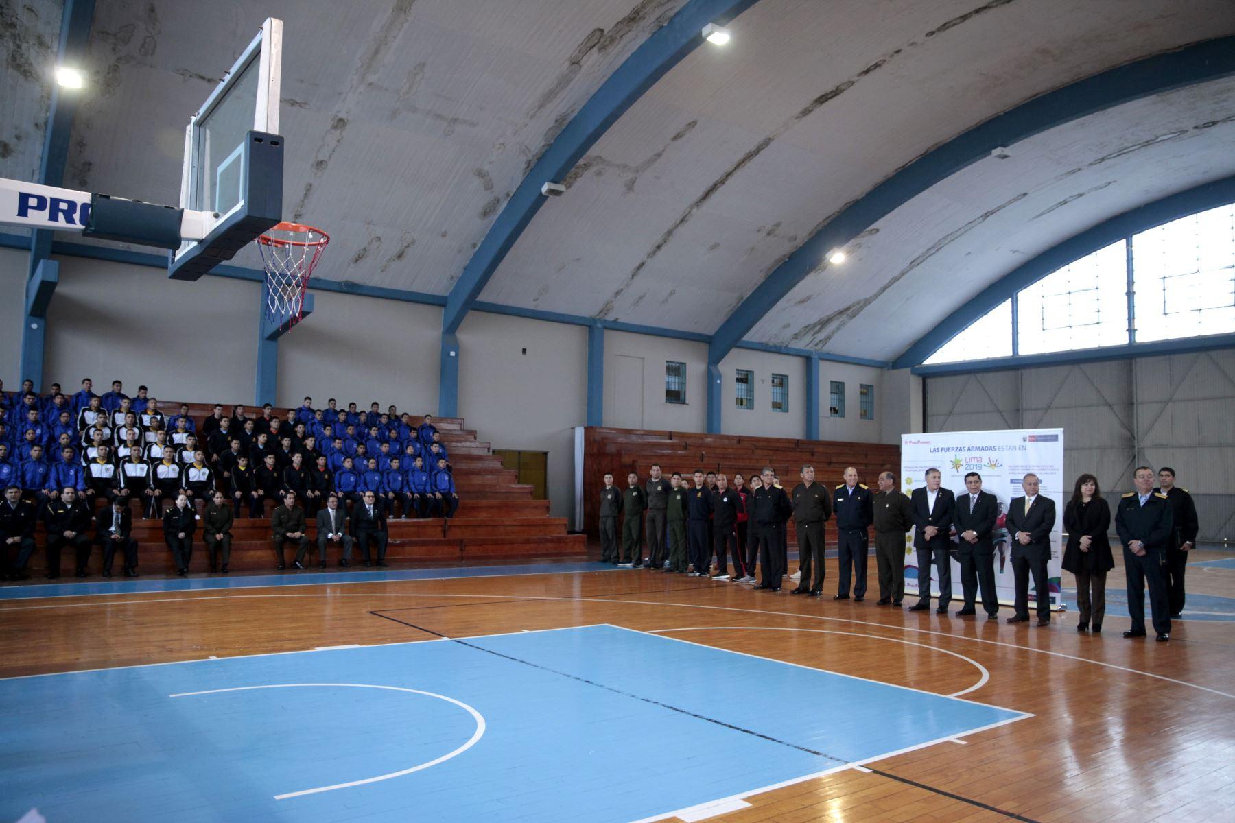 Ministro de Defensa presenta deportistas militares clasificados a los Juegos Panamericanos Lima 2019 Foto: ANDINA/Miguel Mejía Castro