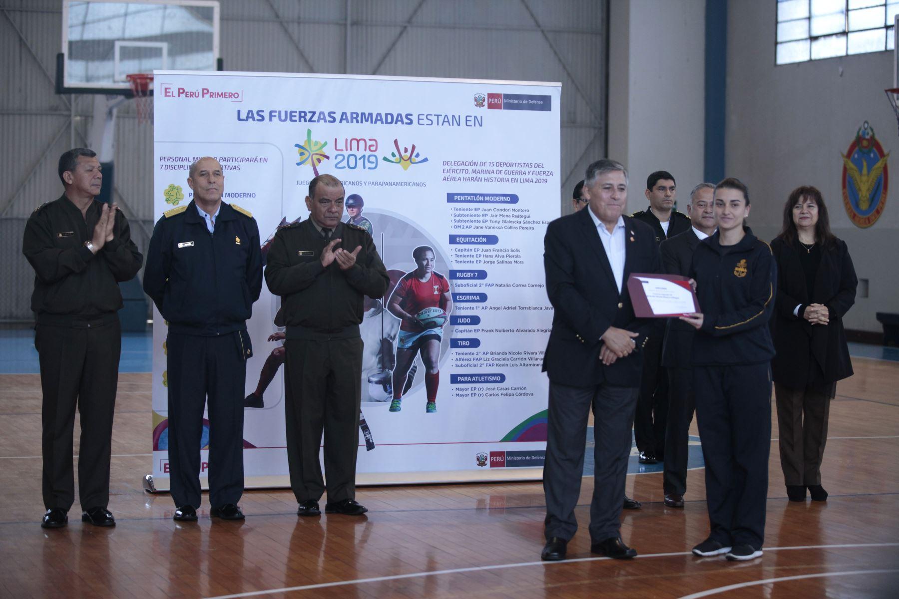 Ministro de Defensa presenta deportistas militares clasificados a los Juegos Panamericanos Lima 2019. Brianda Rivera Villegas, deportista. Foto: ANDINA/Miguel Mejía Castro