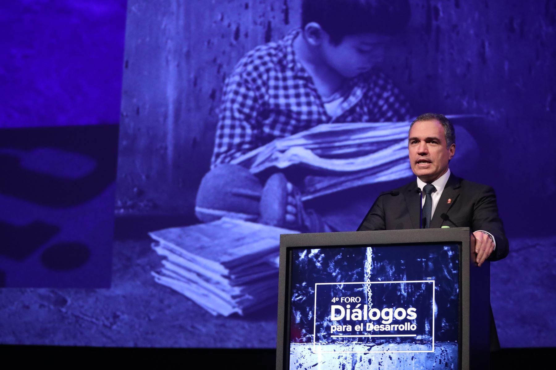 Presidente del Consejo de Ministros, Del Solar clausura  el 4° foro Diálogos para el Desarrollo. Foto: PCM