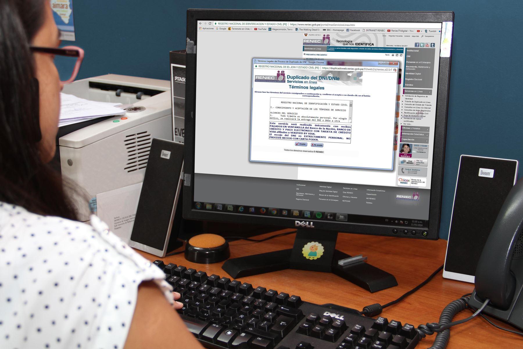 Trámite en línea en el portal del Reniec. ANDINA