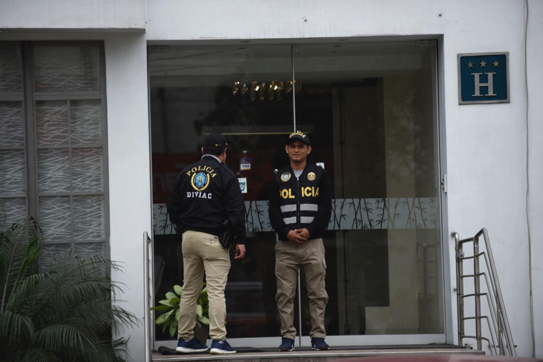 Allanamiento caso Santiago Chau, Hotel Park de Surco. Foto: ANDINA/César Fajardo