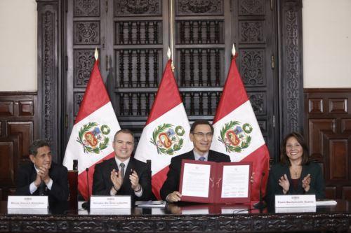 El Presidente de la República suscribió el decreto que crea la estrategia territorial Primero la Infancia