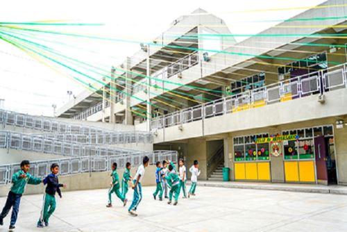 El Programa Nacional de Infraestructura Educativa (Pronied), del Ministerio de Educación (Minedu), transfirió 18 millones 936 mil 934 soles a 2,572 centros educativos de La Libertad, para ejecutar acciones de mantenimiento en sus infraestructuras.