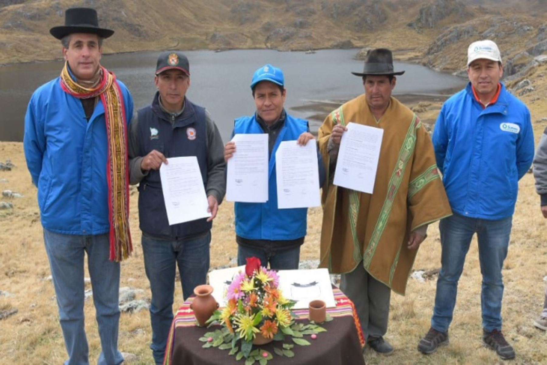 Contrato promovido por la Sunass para la implementación del Mecanismo de Retribución por Servicios Ecosistémicos (MERESE) beneficiará a 65 mil personas y permitirá mejorar la continuidad y la cobertura del servicio de agua potable en Abancay.