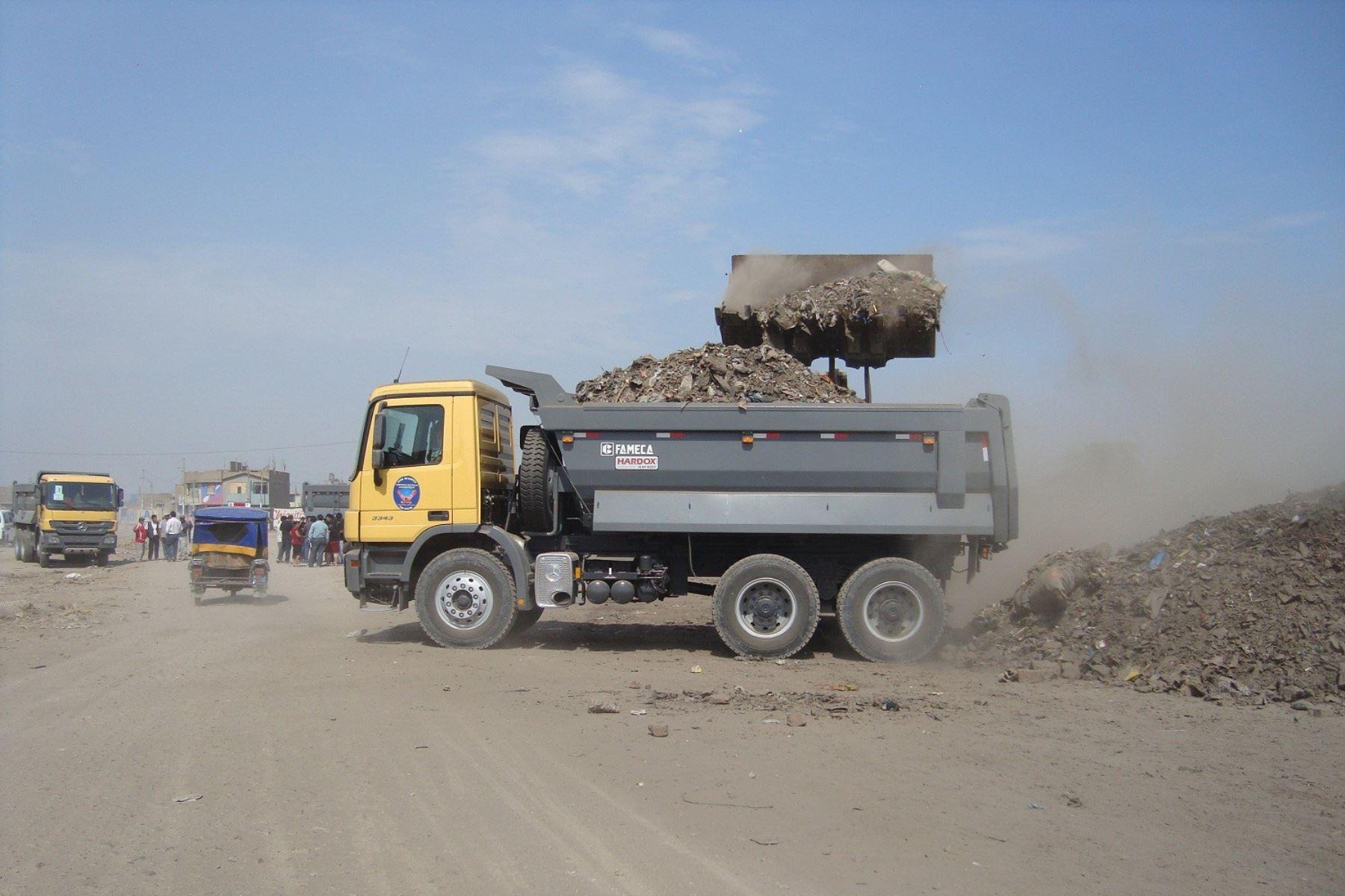 Construirán celda transitoria para una adecuada disposición final de residuos sólidos de Chiclayo.