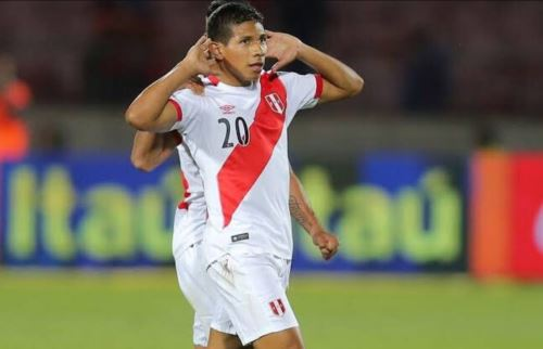 Edison Flores seguiría en el fútbol mexicano Foto: Twitter