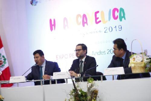 Con el trabajo conjunto del sector público y privado la región Huancavelica se convertirá en la primera región orgánica del Perú y de allí se proyectará a ser la primera región orgánica de América Latina, porque es significativa la riqueza y potencial que posee ara internacionalizar sus productos a un segmento de consumidores que se viene incrementando cada año.