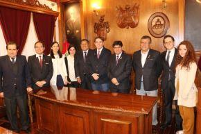 Delegación del Instituto Cervantes visitó en la ciudad de Arequipa los locales que podrían albergar a los asistentes al IX Congreso Internacional de la Lengua Española.