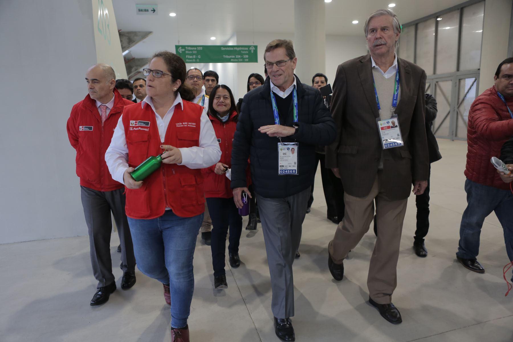 Ministra de Ambiente recorre la Videna. ANDINA/David Huamaní