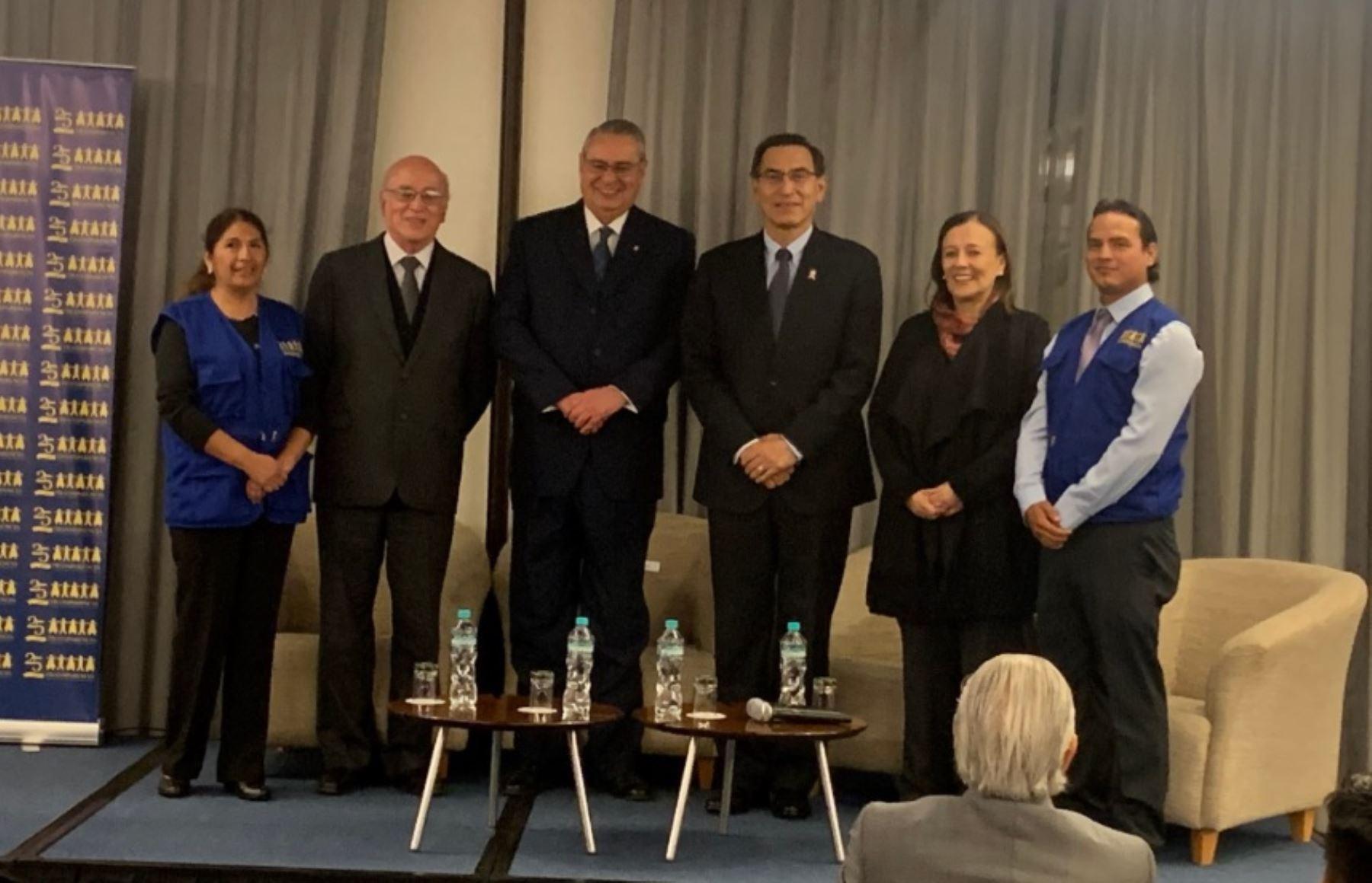 Presidente Martín Vizcarra se hizo presente en en aniversario de la Asociación Civil Transparencia. Foto: ANDINA/AC Transparencia