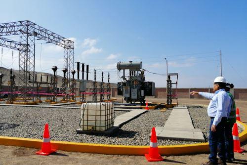 Seal informó que más de 37,000 familias de la provincia de Caravelí (Arequipa) se beneficiarán con la ampliación del servicio eléctrico.