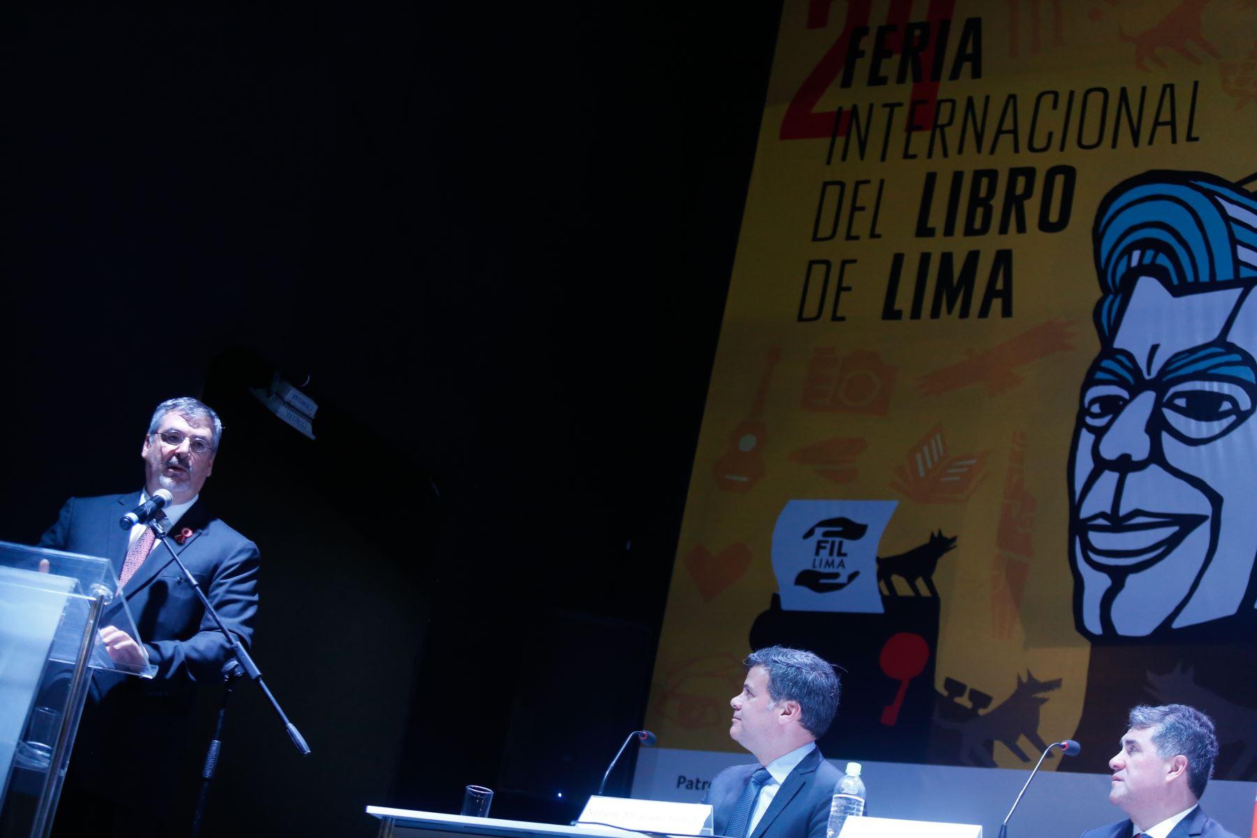 El presidente Martin Vizcarra participo en la ceremonia de inauguración de la 24ª Feria Internacional del Libro de Lima.FotoANDINA/Prensa Presidencia