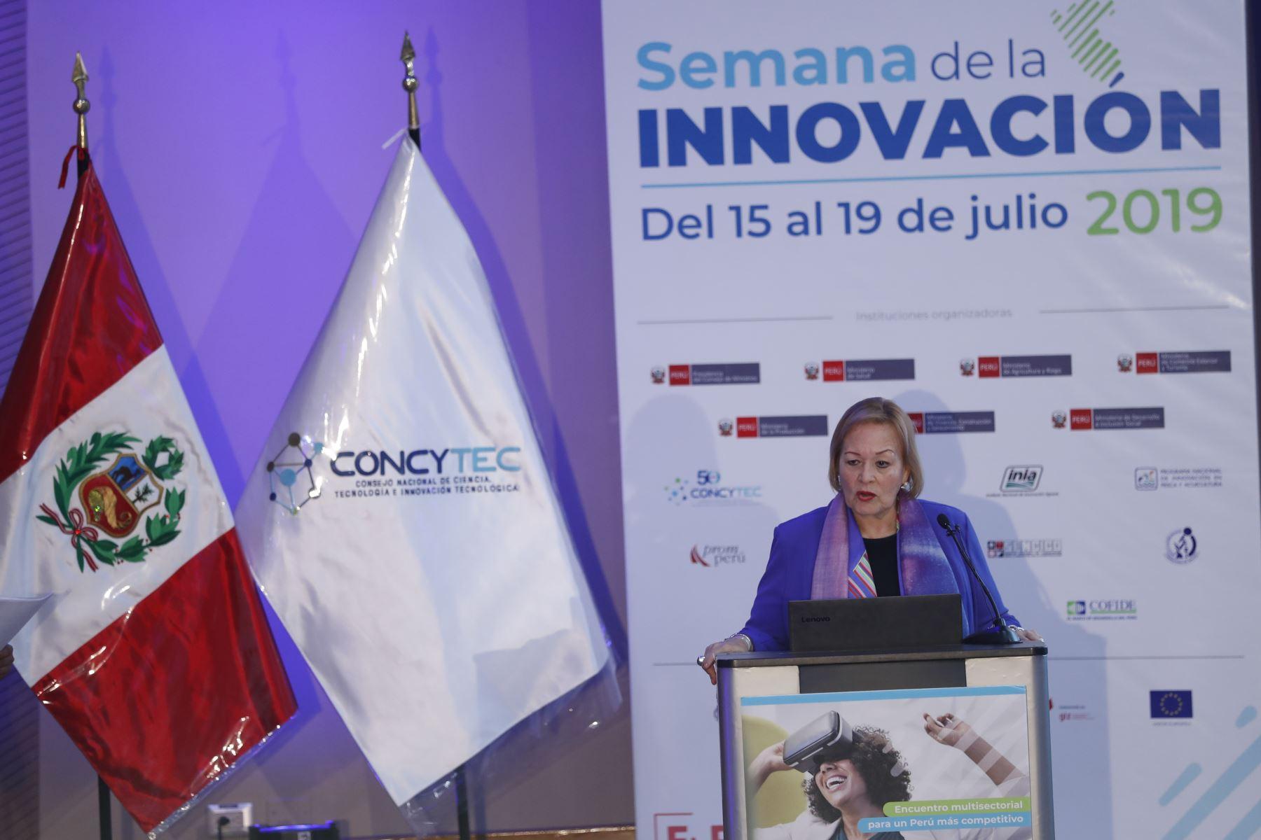 Yolanda Torriani, presidenta de la Cámara de Comercio de Lima,participó en la presentación de las conclusiones de la Semana Nacional de la Innovación. Foto: ANDINA/Josue Ramos