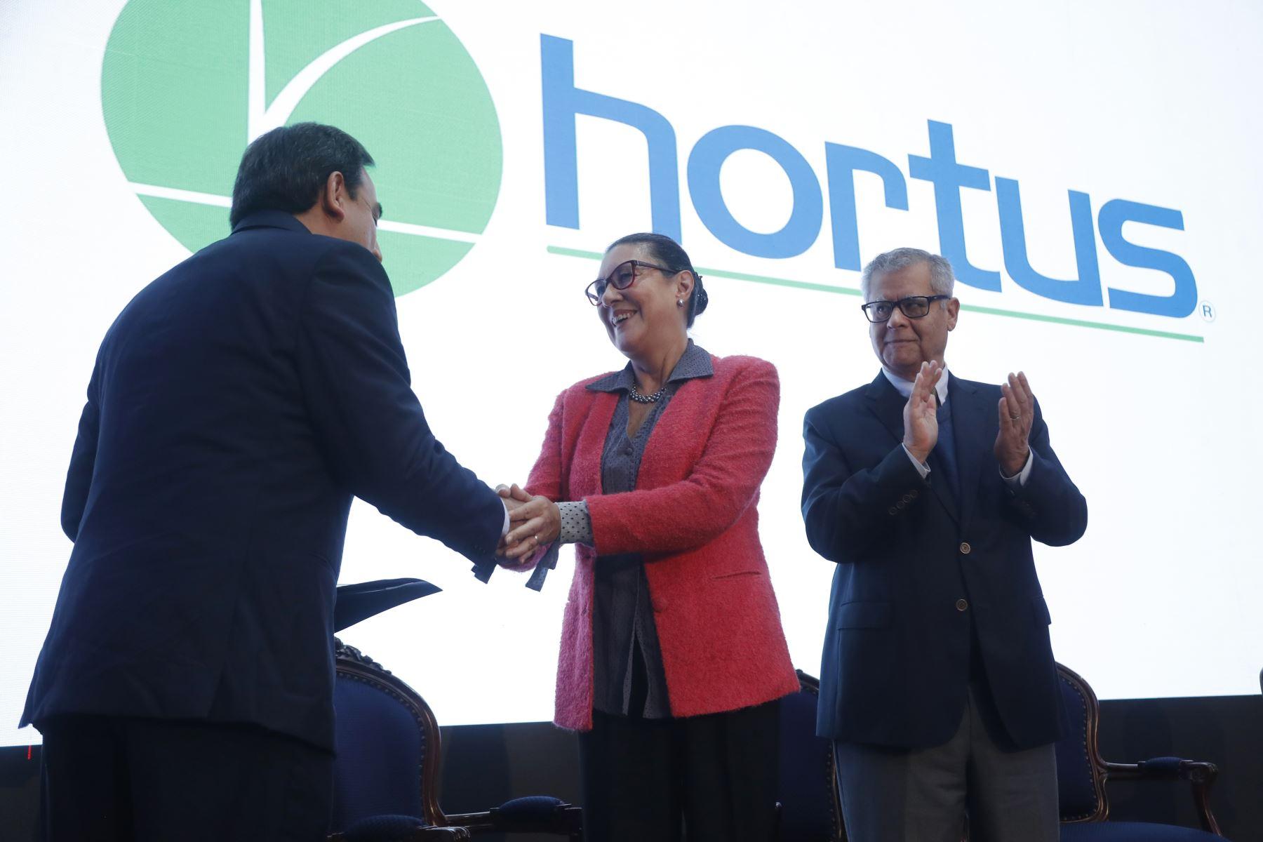 Reconocimiento a la empresa Hortus, en la Semana Nacional de la Innovación. Foto: ANDINA/Josue Ramos