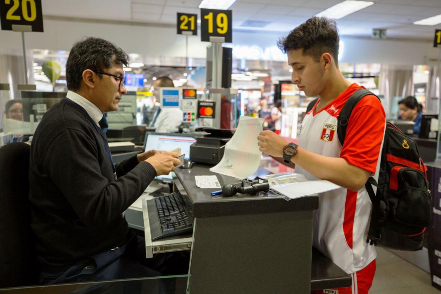 Migraciones está lista para recibir a delegaciones extranjeras que llegarán a Lima para asistir a los Juegos Panamericanos y Parapanamericanos. Foto: ANDINA/Migraciones.