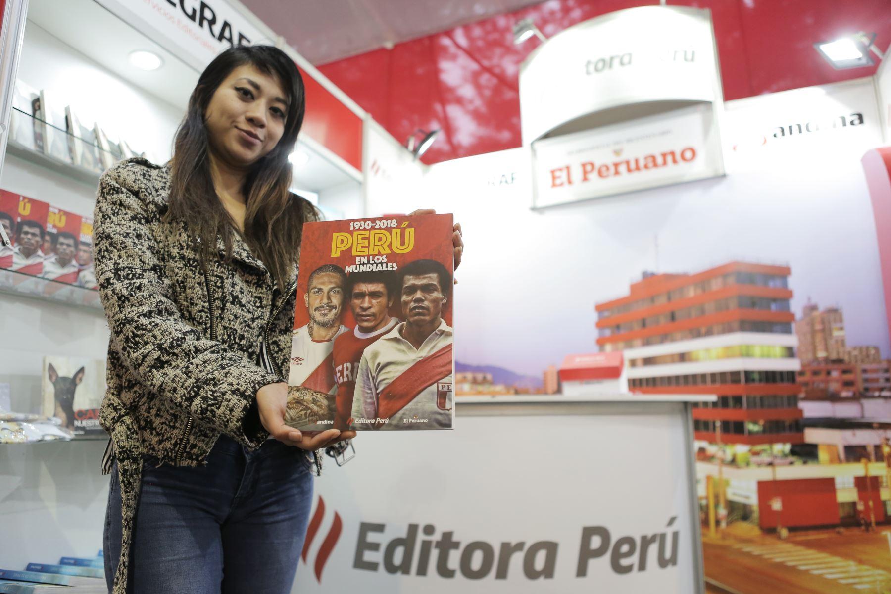 Recorrido por la Feria Internacional del Libro de Lima FIL 2019. Editora Perú presente un año más en la FIL 2019. Foto: ANDINA/David Huamaní