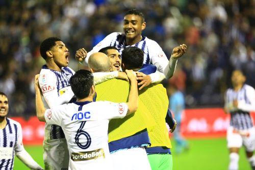 Alianza Lima gana 2-1 a Sporting Cristal  por el torneo Clausura