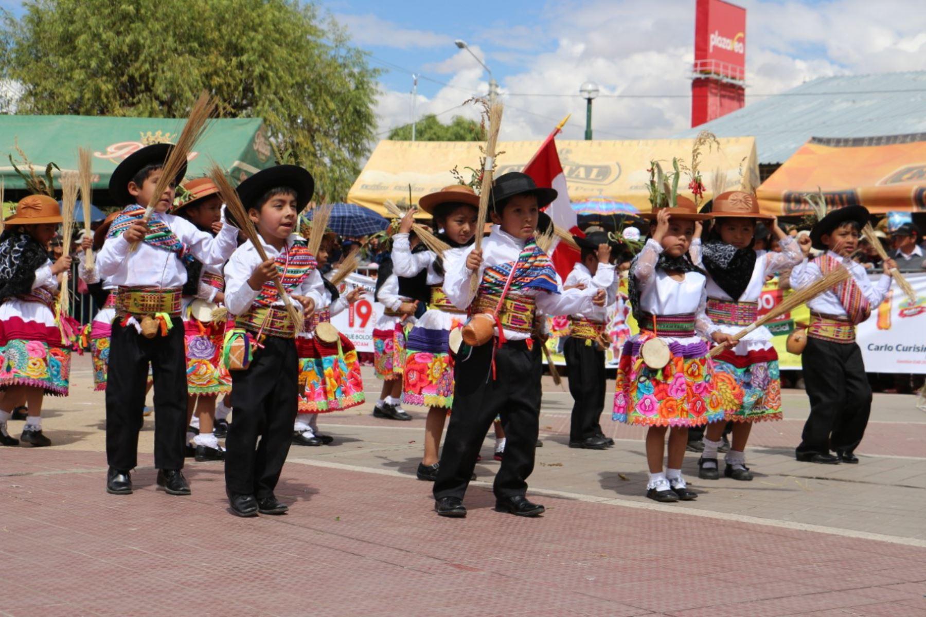 ANDINA/DifusiónHuancayo ya vive un ambiente festivo por su patrón Santiago. ANDINA/Difusión