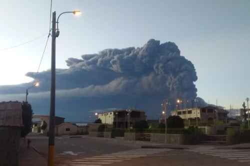Distrito de Ubinas, en Moquegua, se muestra desolado un día después de explosiones del volcán Ubinas. ANDINA/Difusión