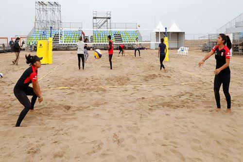 Voleibol de playa debutará previo a la inauguración.