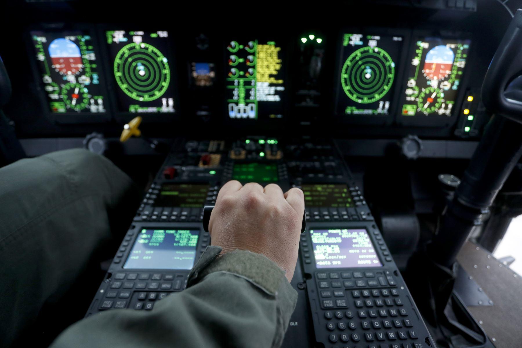 La Fuerza Aérea muestra la moderna aeronave C27J Spartan cumple como defensa nacional, pero en tiempo de paz contribuye brindando servicio de transporte de personas, carga, apoyo logístico, y sobre todo de ayuda en casos de emergencias. Foto: ANDINA/Josue Ramos
