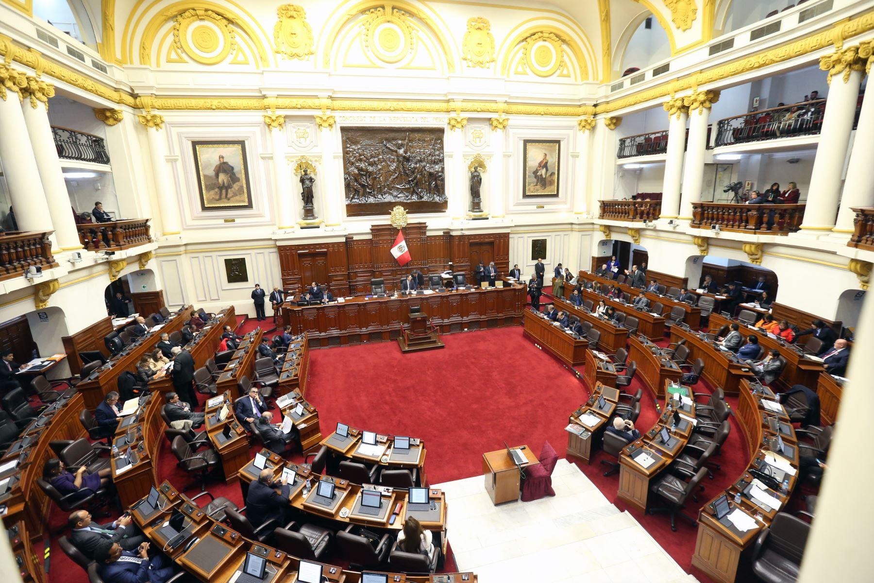 Pleno del Congreso discute temas sobre la  reforma política.   Foto: ANDINA/Norman Córdova